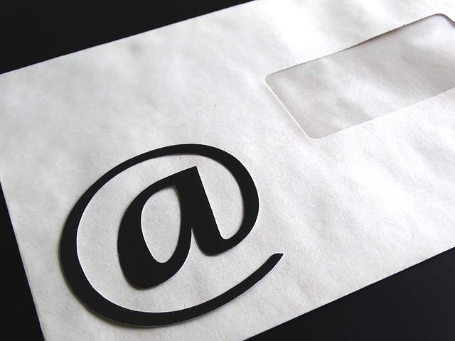 zavináč na obálce