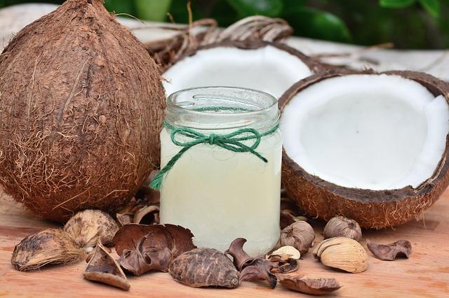 kokosový ořech a olej.jpg
